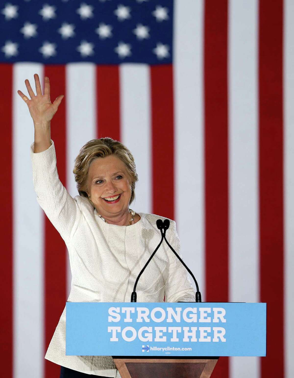 Democratic presidential candidate Hillary Clinton waves to supporters before leaving a campaign event, Tuesday, Nov. 1, 2016, in Sanford, Fla. (AP Photo/John Raoux) ORG XMIT: FLJR108