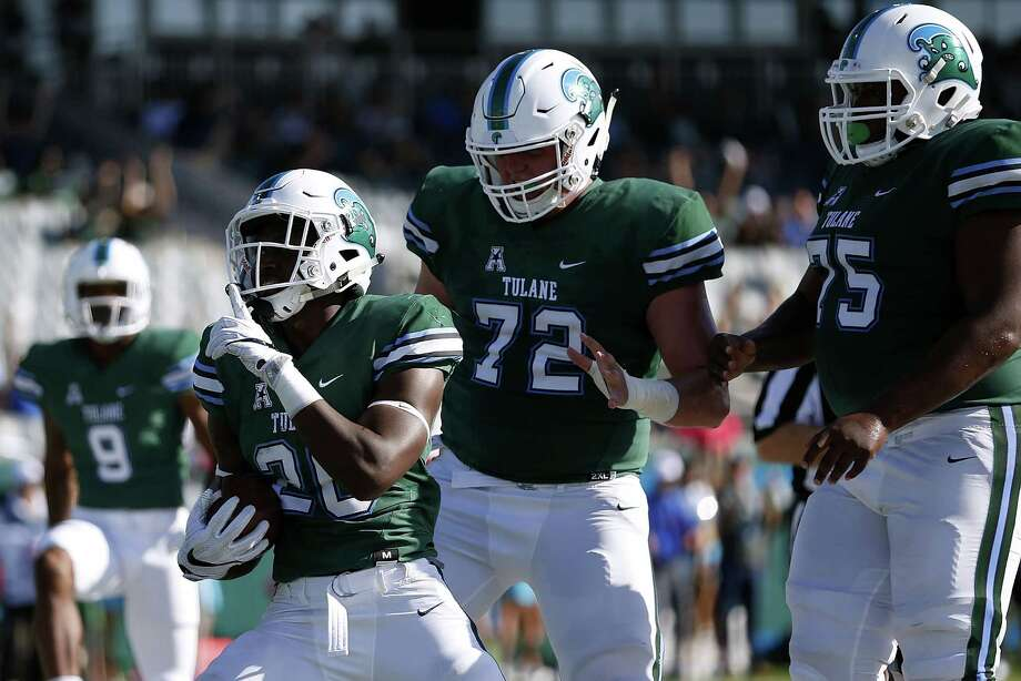 AAC POWER RANKINGS12. Tulane (3-5, 0-4 AAC)The Green Wave defense struggled to live up to the reputation it built early in the season once again on Saturday after giving up a touchdown in the final minute of the game to fall to SMU, 35-31. After starting the season 3-2, Tulane has lost each of its last three games and play three of its final four games on the road. If Tulane coach Willie Fritz can't get his defense back on track soon, it may be a tough road for the Green Wave to finish the year. - Will Guillory, The Times-Picayune Photo: Jonathan Bachman, Getty Images / 2016 Getty Images