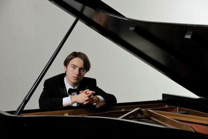 Pianist Daniil Trifonov (double i in daniil cq)