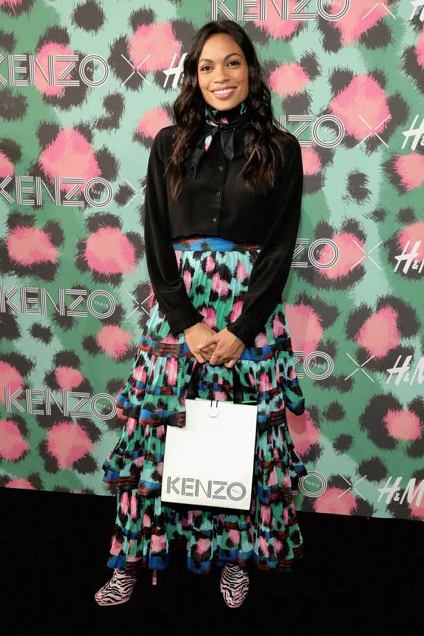 NEW YORK, NY - OCTOBER 19:  Rosario Dawson attends KENZO x H&M Launch Event Directed By Jean-Paul Goude'  at Pier 36 on October 19, 2016 in New York City.  (Photo by Neilson Barnard/Getty Images for H&M) Photo: Neilson Barnard/Getty Images For H&M