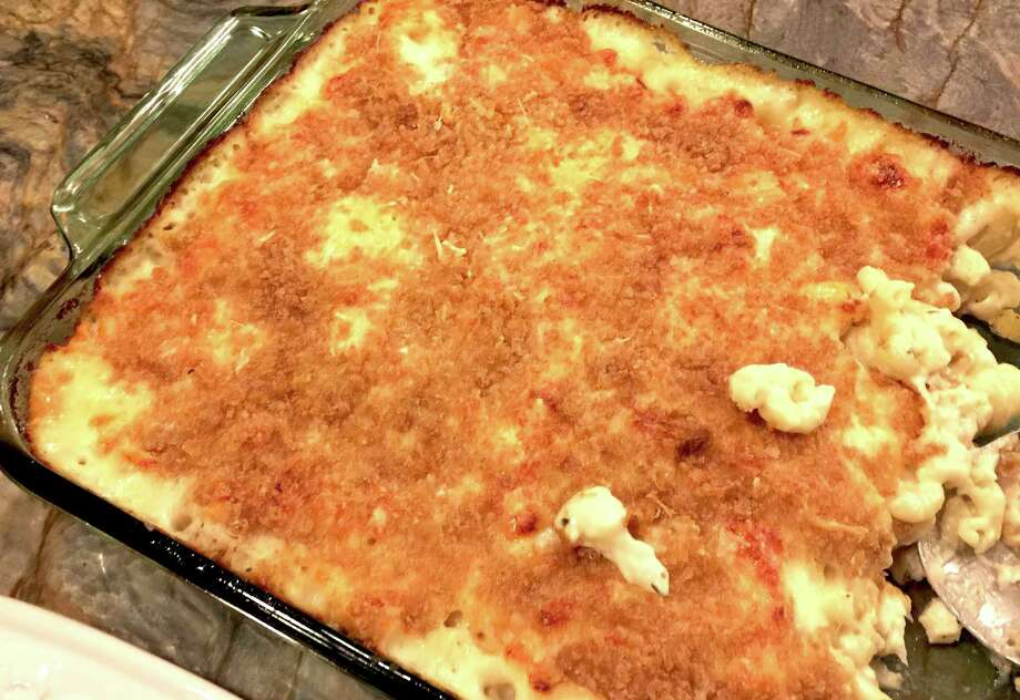 """My version of Gwyneth Paltrow's Cauliflower Mac 'N' Cheese from her cookbook, """"It's All Easy."""" Photo: Emily Spicer /San Antonio Express-News"""