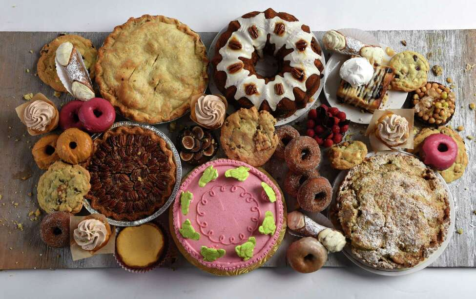 We chose 10 pastries and desserts from local bakeries that will please any of your Thanksgiving dinner guests. Keep clicking to see the selection.
