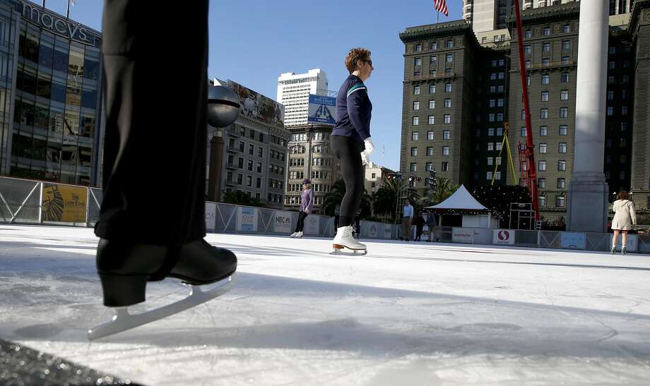 A skater steps onto the ice at the Union Square skating rink in San Francisco, Calif., on Wednesday, Nov. 2, 2016. Bay Area residents won't need to go to the ice rink to feel cold next week as temperatures in the region are expected to plunge into the 30s. Photo: Paul Chinn, The Chronicle