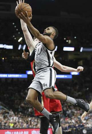 Patty Mills makes it to the hoop in the first half as the Spurs host the Pelicans at the AT&T Center on October 29, 2016. Photo: Tom Reel, Staff / San Antonio Express-News / 2016 SAN ANTONIO EXPRESS-NEWS