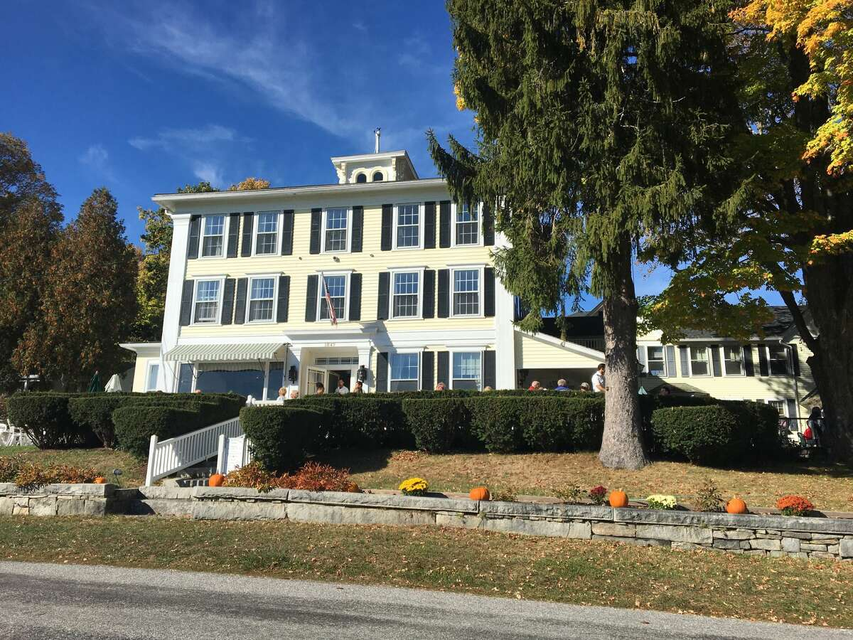 Hopkins Inn - Warren The Hopkins Inn is offering a Thanksgiving dinner to go. They can be reached at 860-868-7295.  More information here.
