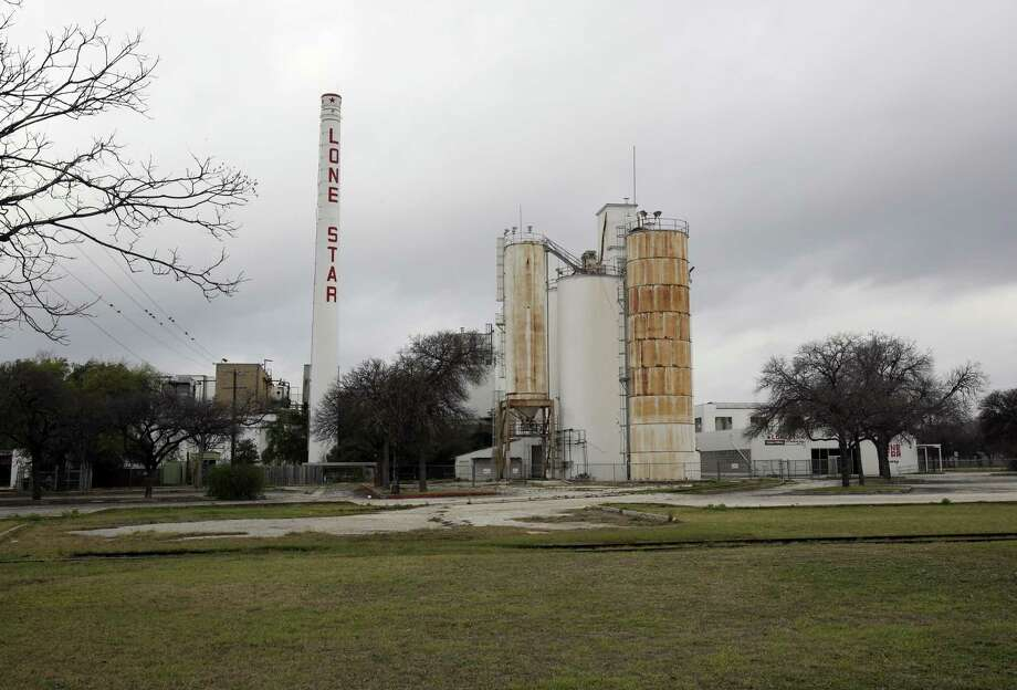Development company NRP Group has sued the owner of the Lone Star Brewery for not refunding a $550,000 deposit after the failure of a deal to buy land there for an apartment complex. Photo: Helen L. Montoya /Express-News File Photo / ©2013 San Antonio Express-News