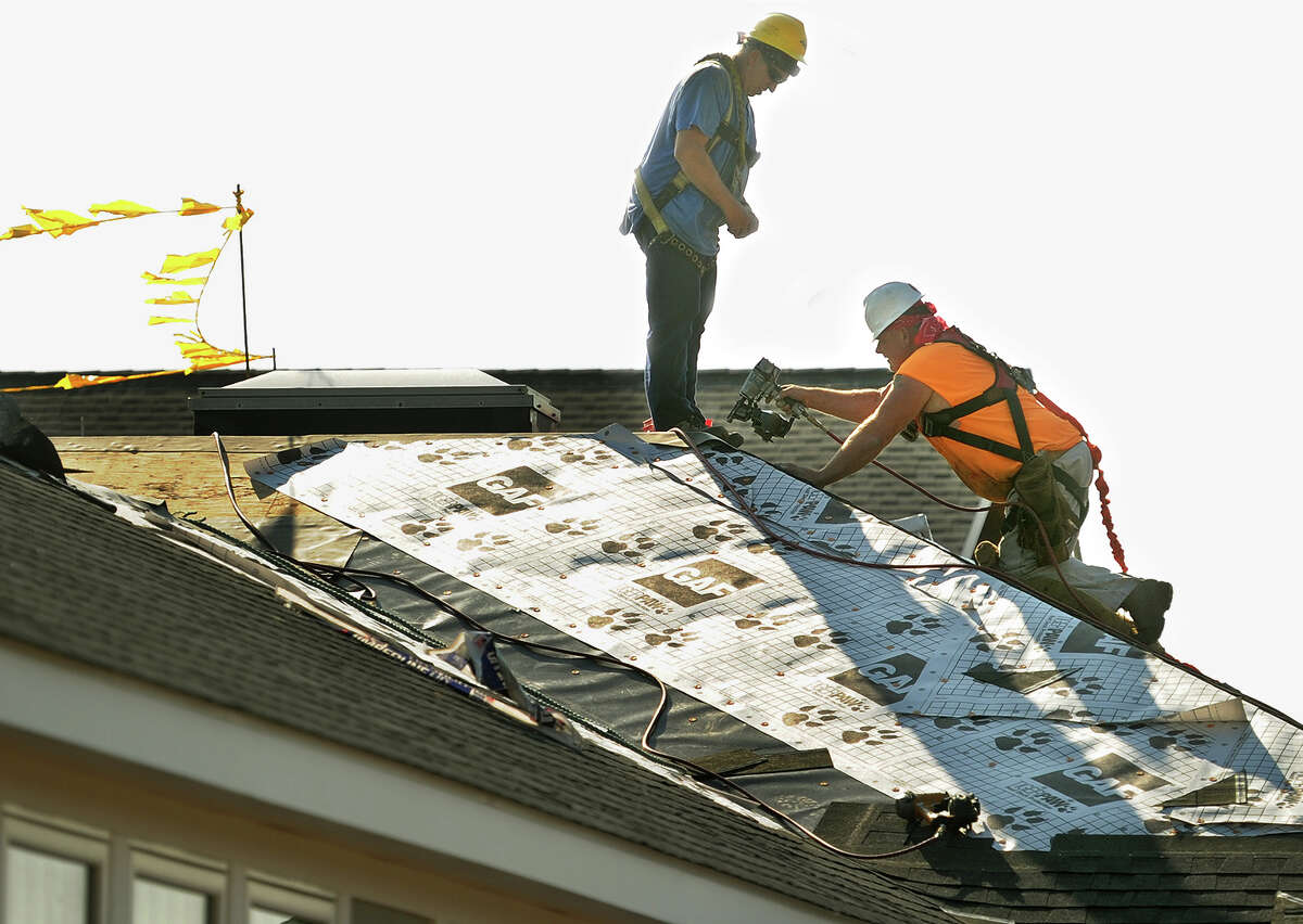 New home repair rule Contractors engaged in water and fire-damage repairs, storm restoration and mold remediations will now have to register with the state Department of Consumer Protection.