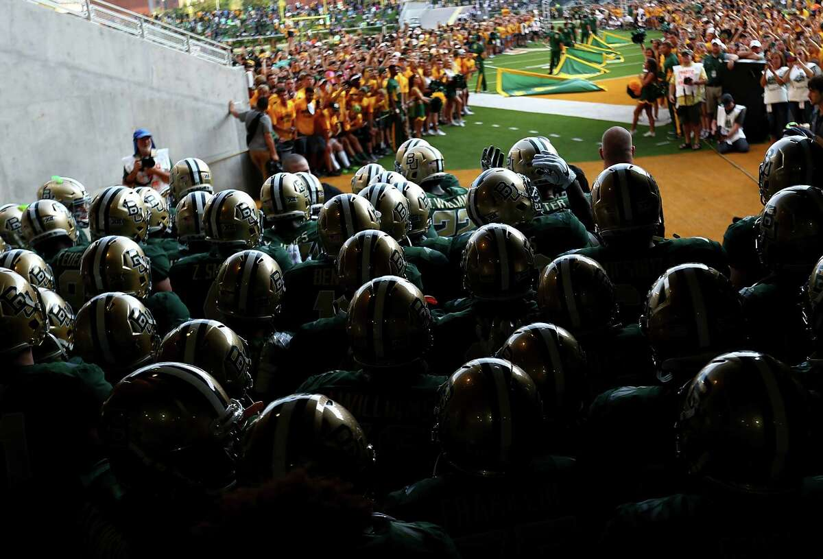 The Baylor Bears enter the field before a game against the Northwestern State Demons at McLane Stadium on Sept. 2, 2016 in Waco, Texas. (Photo: Ronald Martinez / Getty Images)
