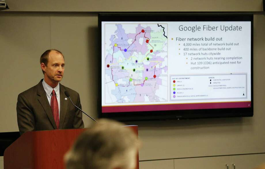 City of San Antonio's Director of Transportation and Capital Improvements Mike Frisbie gives the City Council a briefing regarding updates to the fiberoptic infrastructure by Google and AT&T on Nov. 2. A Google fiber hut at Haskin Park has generated controversy. Photo: Kin Man Hui /San Antonio Express-News / ©2016 San Antonio Express-News
