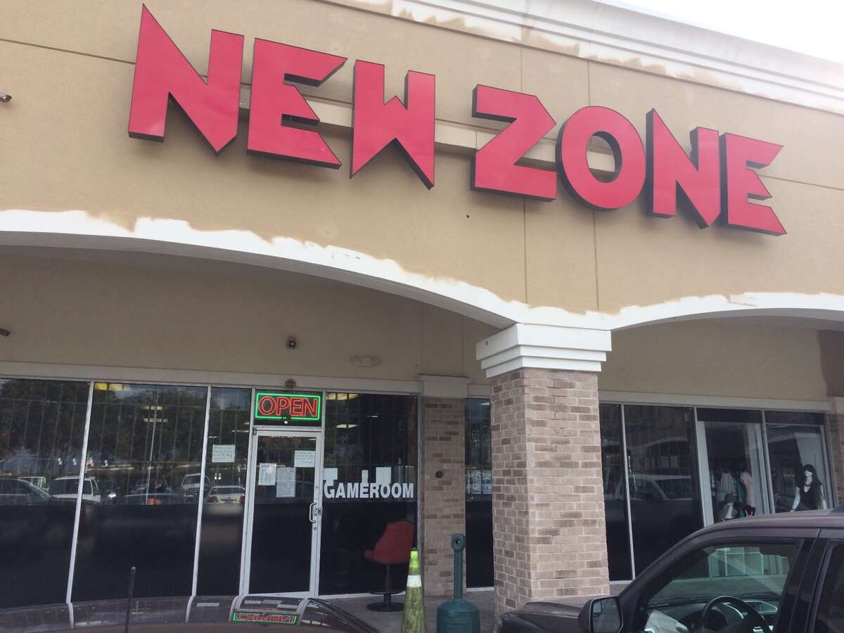 Deputies armed with a search warrant on Wednesday, Nov. 2, 2016, closed down the New Zone Game Room at 9750 South Highway 6 in Sugar Land. (Fort Bend Count Sheriff's Office)