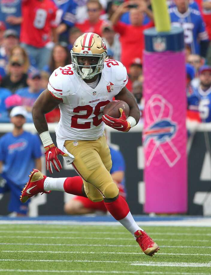 San Francisco 49ers running back Carlos Hyde (28) gains yards during the first half of an NFL football game against the Buffalo Bills on Sunday, Oct. 16, 2016, in Orchard Park, N.Y. (AP Photo/Bill Wippert) Photo: Bill Wippert, Associated Press