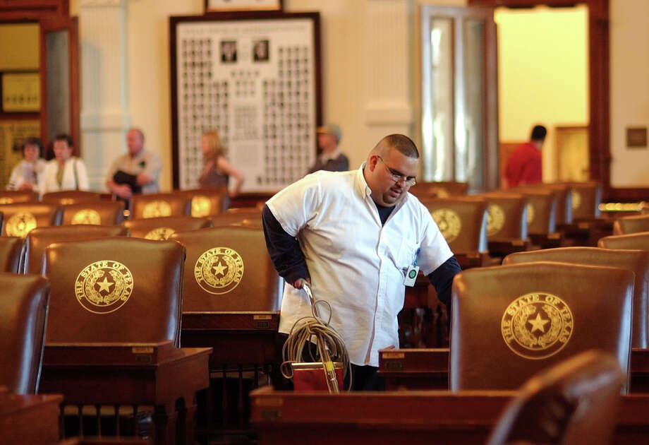 Texas lawmakers will converge on the capitol in January for the 2017 legislative session. (File Photo). Photo: HARRY CABLUCK, STF / AP