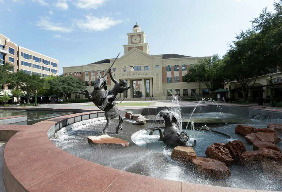 The Sugar Land City Hall, 2700 Town Center Boulevard, is shown Thursday, Nov. 3, 2016, in Sugar Land. The city council this week voted to annex the Greatwood and New Territory communities. Photo: Melissa Phillip, Houston Chronicle / © 2016 Houston Chronicle