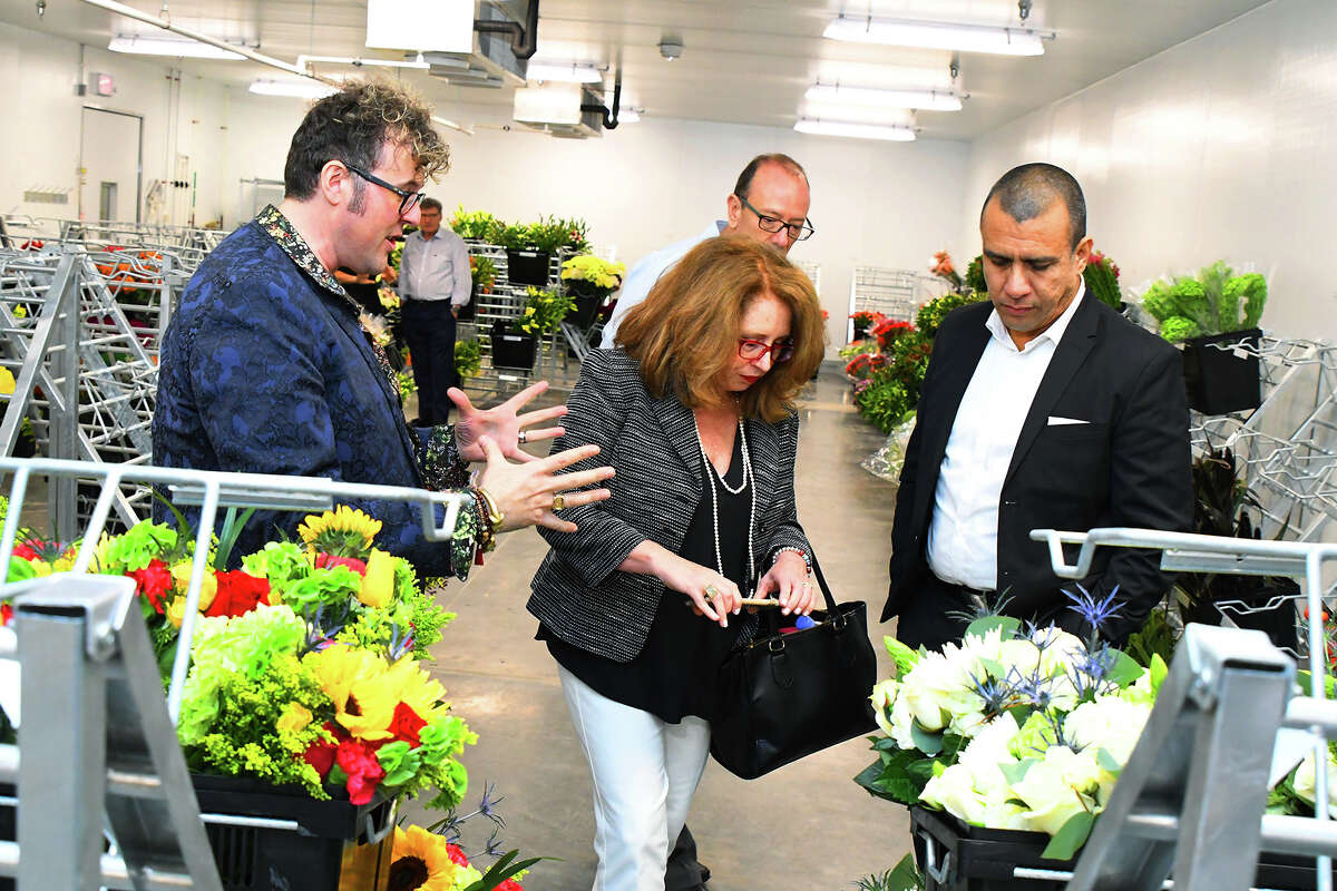 There is a new business blooming in town. Blooms Design Studio, by H-E-B, is a new state-of-the-art 26,000 square feet center for floral designs is located at 11710 N Gessner Road. The facility offers floral designs for large galas, weddings, as well as small, intimate gatherings and events.