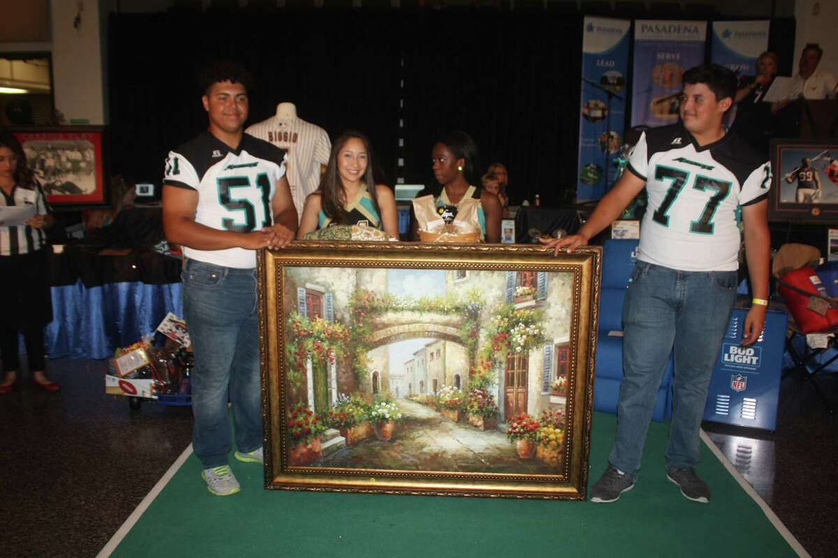 This painting was among 47 items up for auction at the the Pasadena Chamber of Commerce's 27th annual Taste of the Town on Nov. 3.