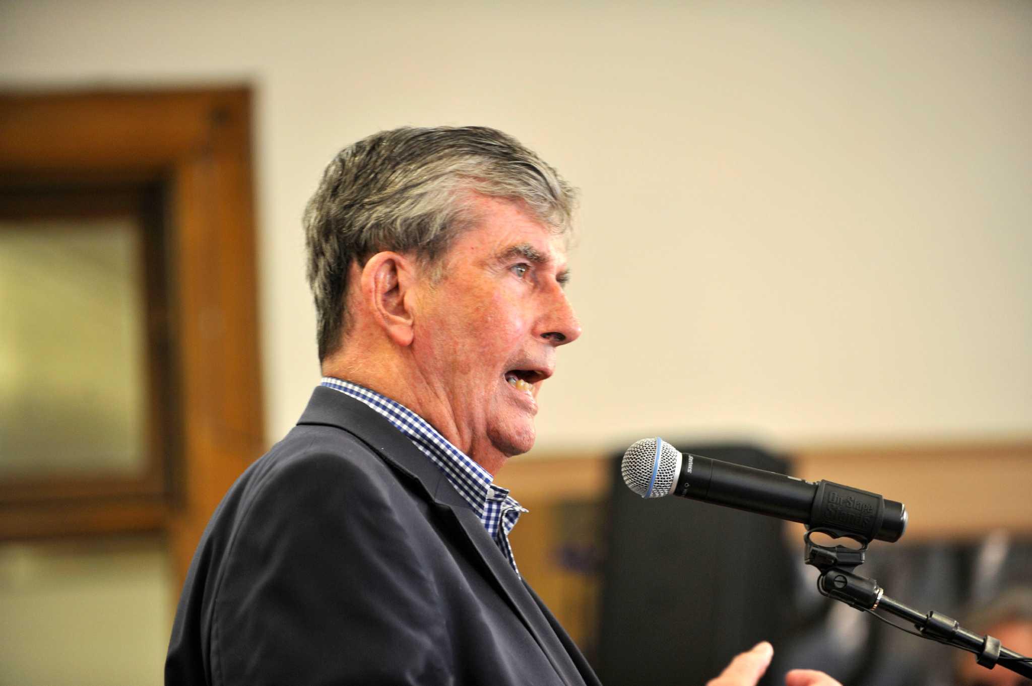 Republican davis challenges 10 term state sen breslin for Northeast ski and craft beer showcase