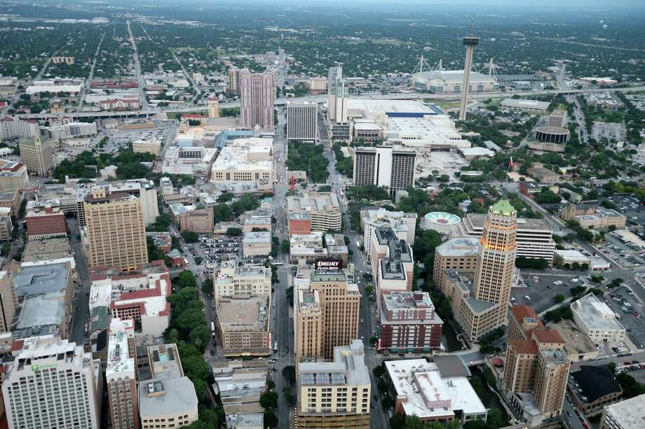 Downtowns are the places where we should expect to experience the diversity so uniquely appealing to people everywhere. Photo: Edward A. Ornelas /San Antonio Express-News / © 2016 San Antonio Express-News