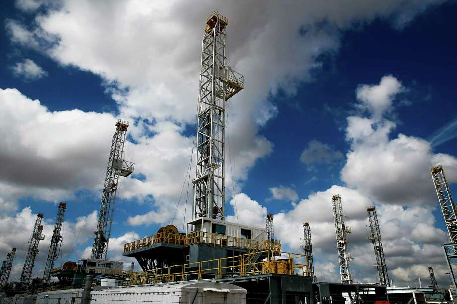 Through the first eight months of this year, energy companies spent $12 billion to acquire land and assets in the Permian, nearly half the $27 billion the industry spent on exploration mergers and acquisitions, according to energy research firm Wood MacKenzie.  Photo: Michael Ciaglo, Staff / © 2016  Houston Chronicle