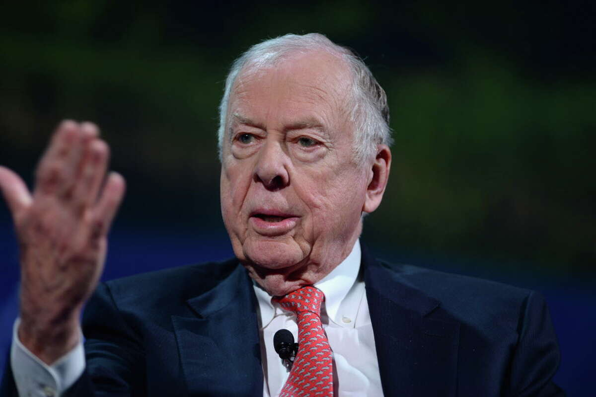 NEW YORK, NY - SEPTEMBER 19: Founder & Chairman, BP Capital Management T. Boone Pickens speaks at the 2016 Concordia Summit - Day 1 at Grand Hyatt New York on September 19, 2016 in New York City. (Photo by Riccardo Savi/Getty Images for Concordia Summit)