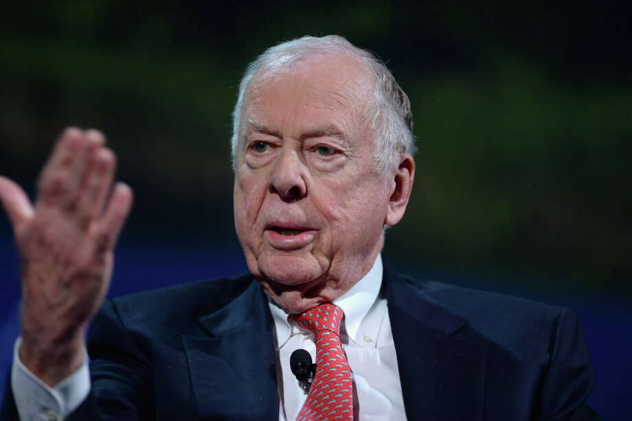 NEW YORK, NY - SEPTEMBER 19:  Founder & Chairman, BP Capital Management T. Boone Pickens speaks at the 2016 Concordia Summit - Day 1 at Grand Hyatt New York on September 19, 2016 in New York City.  (Photo by Riccardo Savi/Getty Images for Concordia Summit) Photo: Riccardo Savi, Stringer / 2016 Getty Images