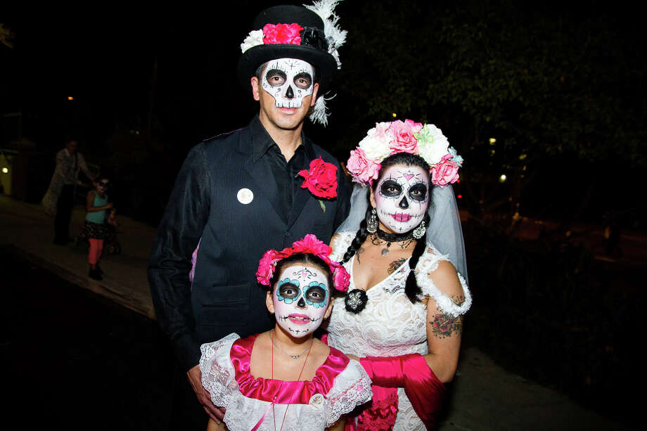 The Southtown-based youth arts hub SAY Sí staged a mesmerizing First Friday with its 10th Annual Muertitos Fest, a children's Day of the Dead celebration, on Nov. 4, 2016. Photo: Ryan Ibarra