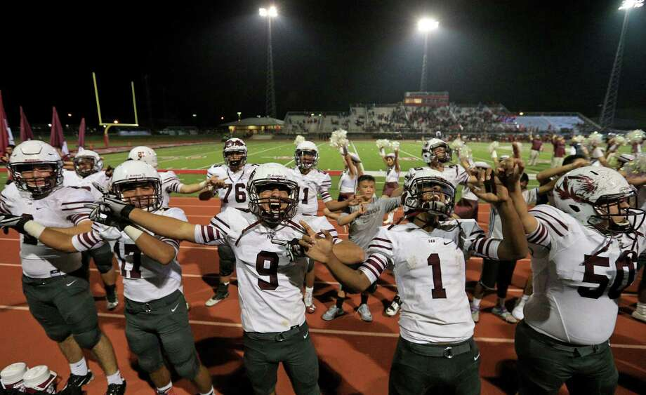 The Floresville Tigers and Southside Cardinals, who played last November at Cardinal Stadium, will face each other again this week but likely in a more somber setting after the mass shooting at a church in Sutherland Springs, just minutes away from Floresville. Photo: Edward A. Ornelas /San Antonio Express-News / © 2016 San Antonio Express-News