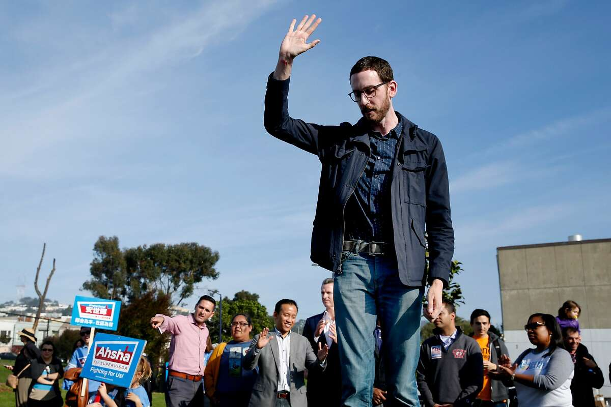Scott Wiener, a candidate for California State Senator, thanks supporters during a get-out-the-vote rally at Balboa Park on Saturday, Nov. 5, 2016 in San Francisco, Calif.