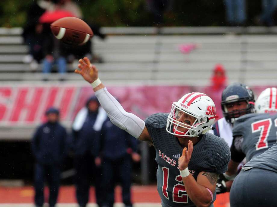 Sacred Heart QB RJ Noel become the Pioneers' all-time leading passer Saturday, passing Dale Fink. Noel now has 8,869 career passing yards, eclipsing Fink's mark of 8,803. Photo: Christian Abraham / Hearst Connecticut Media File Photo / Connecticut Post