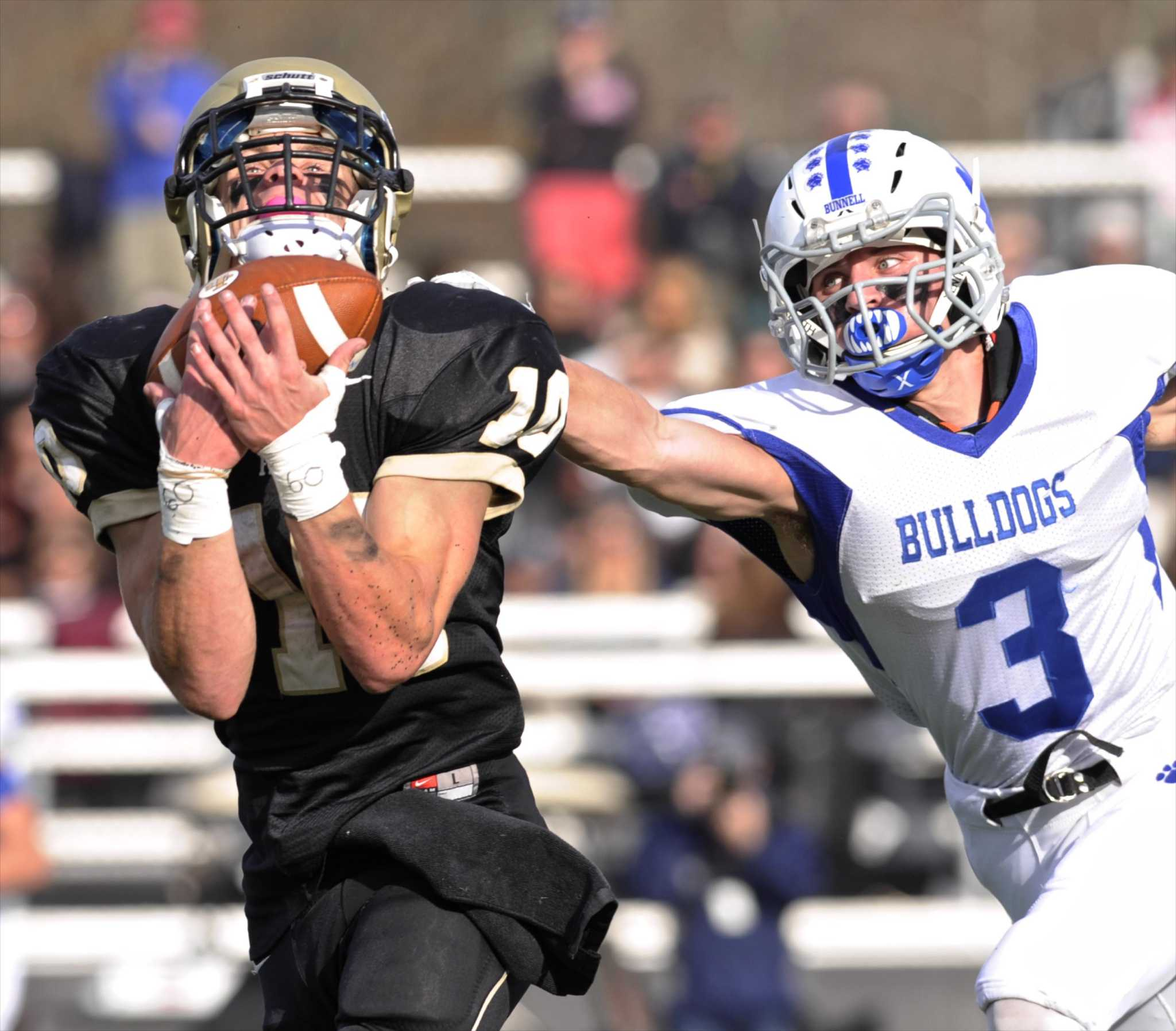 Bunnell Topples Barlow
