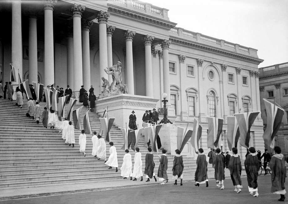 Woman's suffrage protest at the United states congress on Capitol Hill, Washington DC 1917. Photo: Universal History Archive/UIG Via Getty Images