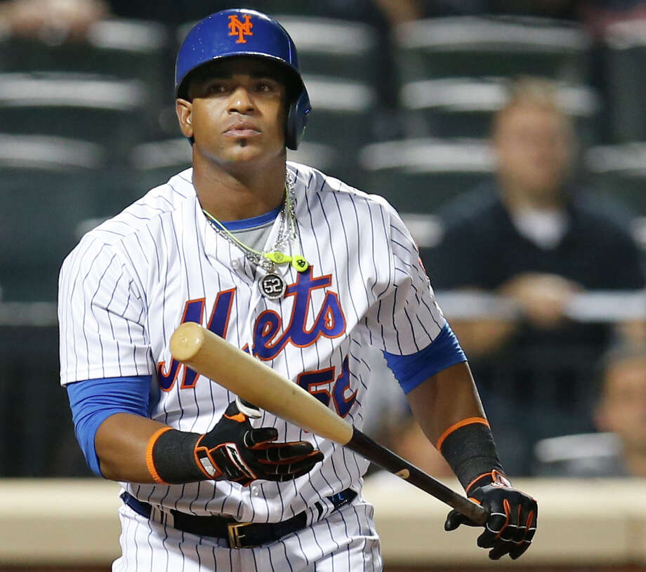 FILE - In this Sept. 20, 2016, file photo, New York Mets' Yoenis Cespedes reacts after striking out swinging for the final out in the Mets' 5-4 loss to the Atlanta Braves in a baseball game in New York.  Cespdes is expected to opt out of the remainder of his contract, which would pay $47.5 million over two seasons, and become a free agent again. (AP Photo/Kathy Willens, File) ORG XMIT: NY153 Photo: Kathy Willens / Copyright 2016 The Associated Press. All rights reserved.
