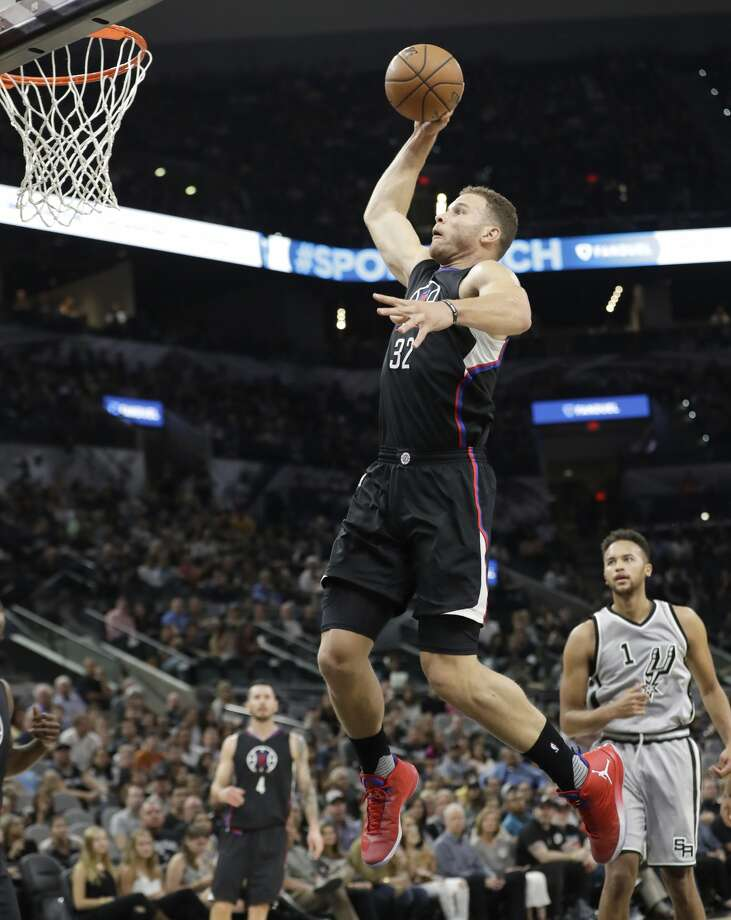Los Angeles Clippers forward Blake Griffin (32) drives to the basket against the San Antonio Spurs during the first half of an NBA basketball game, Saturday, Nov. 5, 2016, in San Antonio. (AP Photo/Eric Gay) Photo: Eric Gay/Associated Press