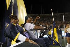 BERKELEY, CA - NOVEMBER 05:  Former California Golden Bears and NFL running back Marshawn Lynch rides in to the stadium with his mother, Delisa Lynch,  before the California Golden Bears game against the Washington Huskies California Memorial Stadium on November 5, 2016 in Berkeley, California.  (Photo by Ezra Shaw/Getty Images)