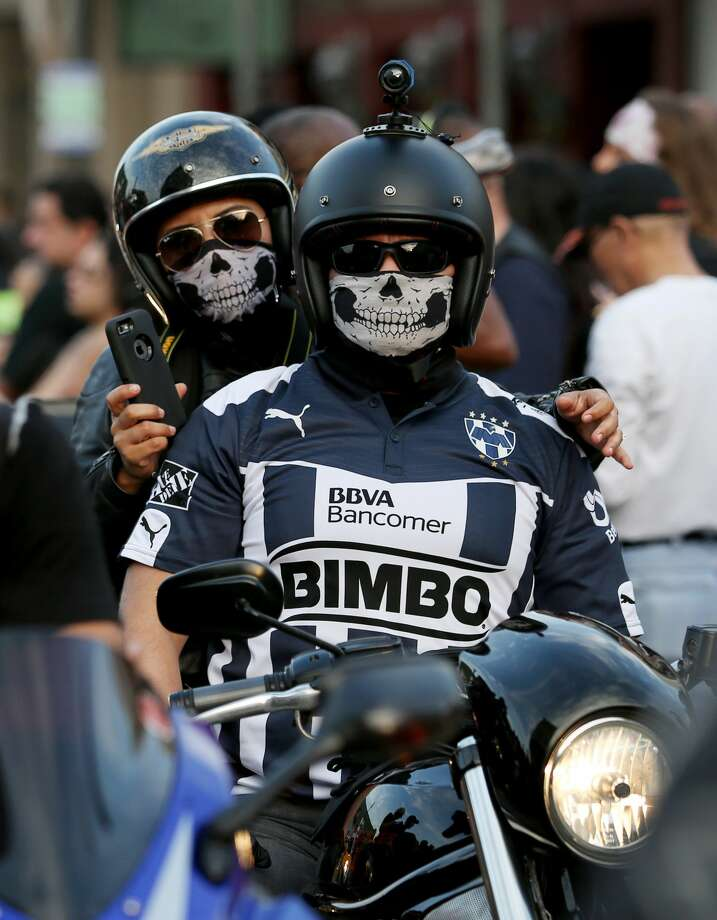 More than 10,000 bikers gather together to celebrate the annual Lone Star Rally Saturday, Nov. 5, 2016, in Galveston. (Yi-Chin Lee / Houston Chronicle ) Photo: Yi-Chin Lee/Houston Chronicle