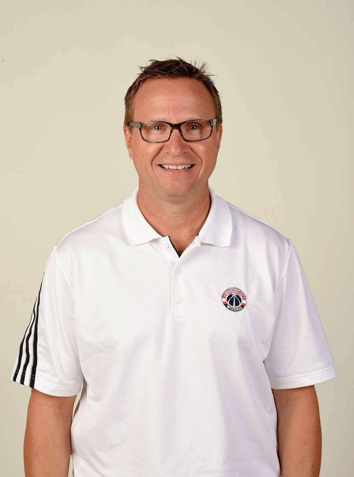 Washington Wizards head coach Scott Brooks poses for a photograph during an NBA basketball media day, Monday, Sept. 26, 2016, in Washington. (AP Photo/Nick Wass)