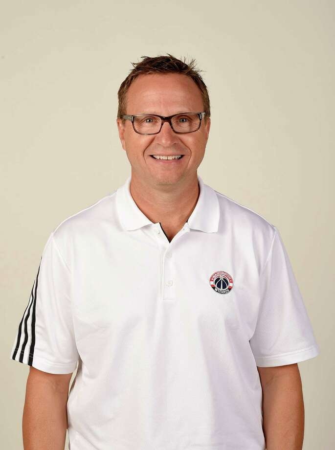Washington Wizards head coach Scott Brooks poses for a photograph during an NBA basketball media day, Monday, Sept. 26, 2016, in Washington. (AP Photo/Nick Wass) Photo: Nick Wass, FRE / FR67404 AP