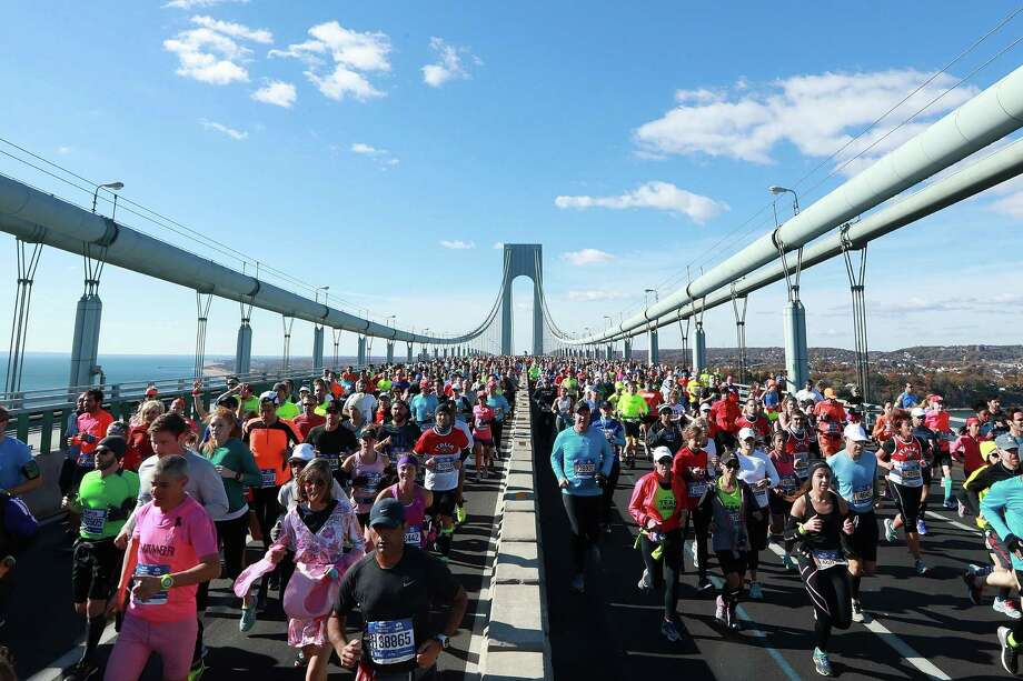 NEW YORK, NY - NOVEMBER 06:  Runners cross the Verrazano-Narrows Bridge at the start of the 2016 TCS New York City Marathon on November 6, 2016 in the Brooklyn borough of New York City.  (Photo by Michael Reaves/Getty Images) *** BESTPIX *** ORG XMIT: 669441405 Photo: Michael Reaves / 2016 Getty Images