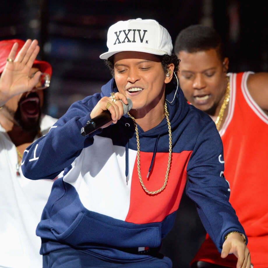 HOUSTON CONCERT GUIDE: Most anticipated upcoming concerts ...Bruno Mars performs on stage at the MTV Europe Music Awards 2016. Bruno will perform at Houston's Toyota Center on Oct. 24, 2017.See more upcoming Houston concerts ... Photo: Dave Hogan/MTV 2016/Getty Images