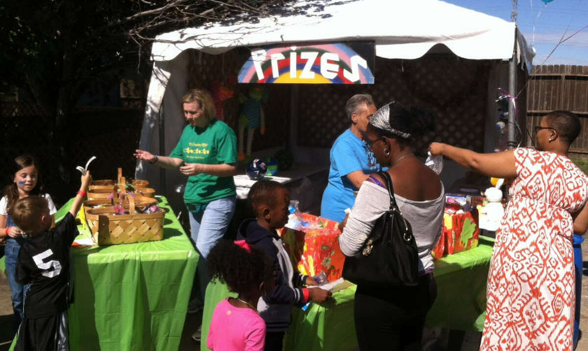 A Country Affair Fall Festival features carnival midway games with prizes. Admission is free to the festival, which is held on Saturday, Nov. 12, starting at 10 a.m. at First United Methodist Church Missouri City.