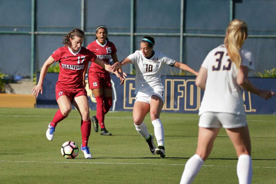 Andi Sullivan (left) has juggled soccer commitments to Stanford and the U.S. women's national team this year. Photo: Lea Suzuki, The Chronicle