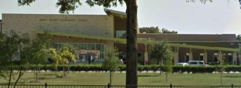 news houston texas article kindergarten teacher with students