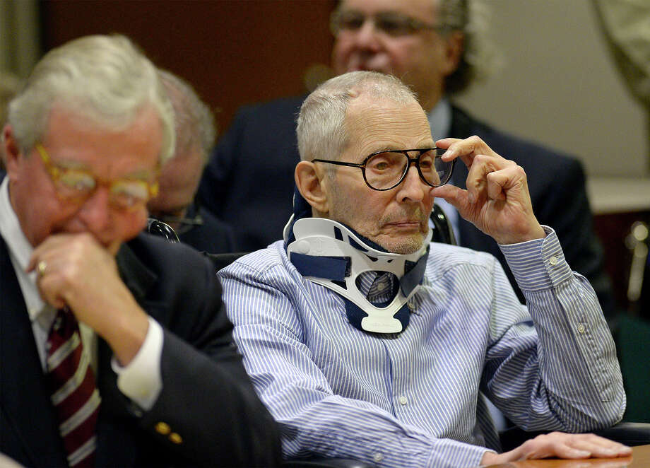 Real estate heir Robert Durst sits with his Houston attorney Dick DeGuerin during a long-awaited appearance in a courtroom in Los Angeles on Monday. Photo: Kevork Djansezian, POOL / Pool, Reuters