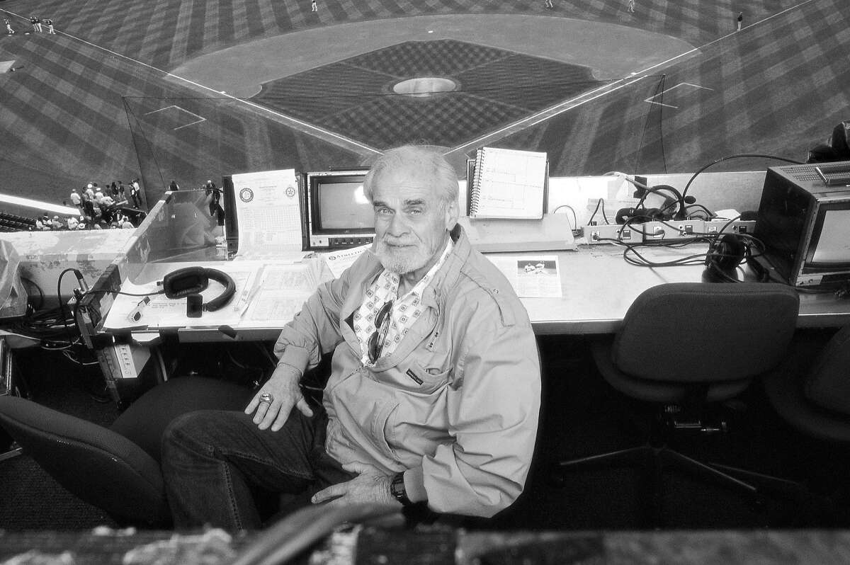 Bill King, shown in 1999, was the voice of the Warriors, Raiders and A's during his long broadcasting career.