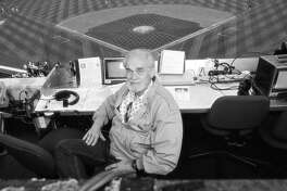 Photo of Bill King.  Ran on: 10-19-2005 Bill King, shown in 1999, was the voice of the Warriors, Raiders and A's during his long broadcasting career.  Ran on: 10-19-2005 Bill King, shown in 1999, was the voice of the Warriors, Raiders and A's during his long broadcasting career.  Ran on: 10-19-2005 Bill King, shown in 1999, was the voice of the Warriors, Raiders and A's during his long broadcasting career.  Ran on: 10-21-2005 Bill King 's delivery left his listeners almost no choice but to care about that game's outcome.