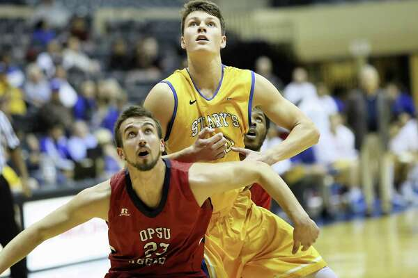 St  Mary's Wetzell might be best tennis-playing basketball player of