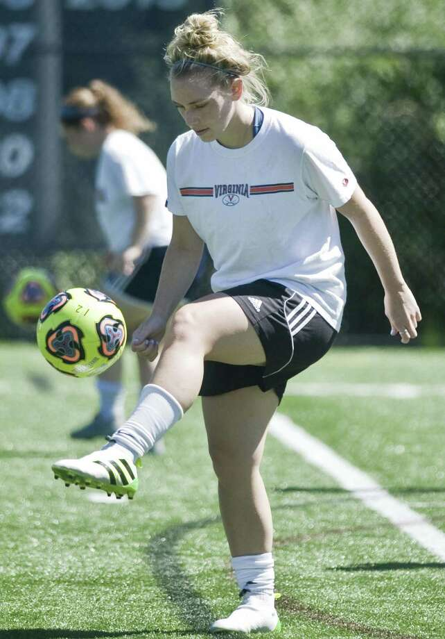Autumn Sorice works with the ball during a Western Connecticut State University women's soccer practice. Tuesday, Aug. 23, 2016 Photo: Scott Mullin / For Hearst Connecticut Media / The News-Times Freelance