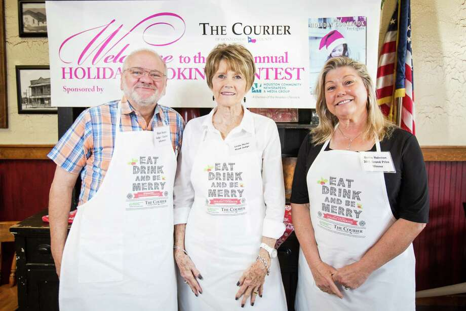 Judges Mark Hayter, Courier columnist, Linda Nuche, head judge and Bettie Hairston, 2015 grand prize winner, pose for a photo on Saturday, Oct. 29, 2016, at McKenzie's Barbeque in Conroe. Photo: Michael Minasi, Staff / © 2016 Houston Chronicle