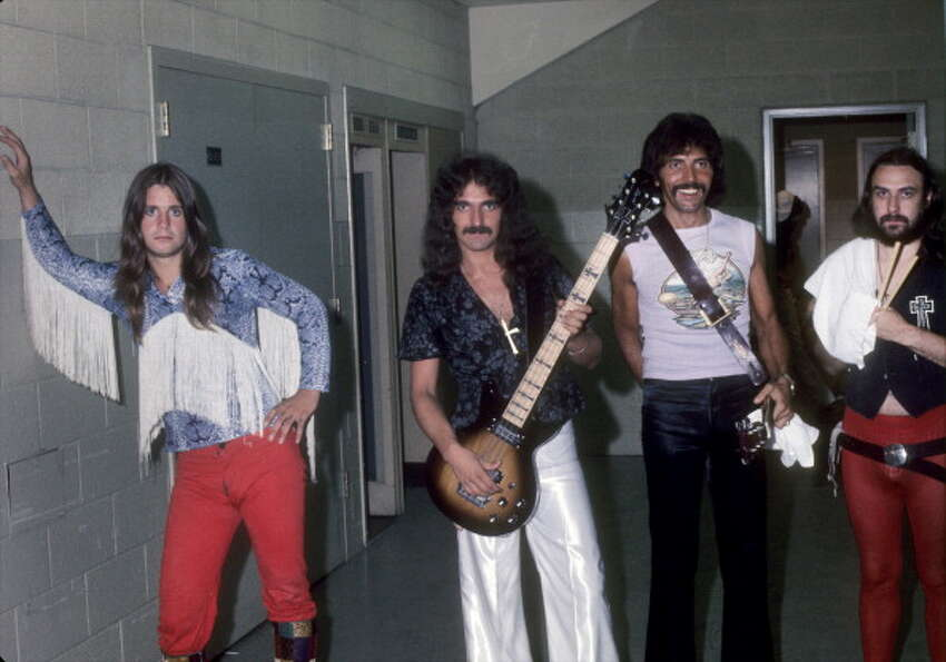 Oct. 24, 1976, HemisFair Arena: Played with Boston and Joe Anthony discovery Moxy.