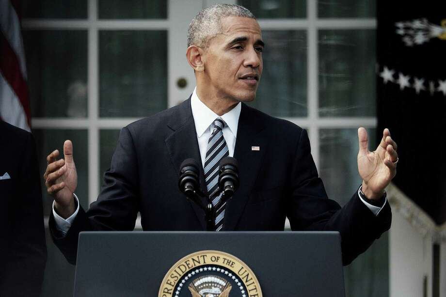U.S. President Barack Obama speaks to the media in the Rose Garden at the White House in Washington, D.C., on Wednesday, Nov. 9, 2016. The White House said it will not rule out a presidential pardon for Hillary Clinton to protect her from prosecution by President-elect Donald Trump. Photo: T.J. Kirkpatrick /Bloomberg / © 2016 Bloomberg Finance LP