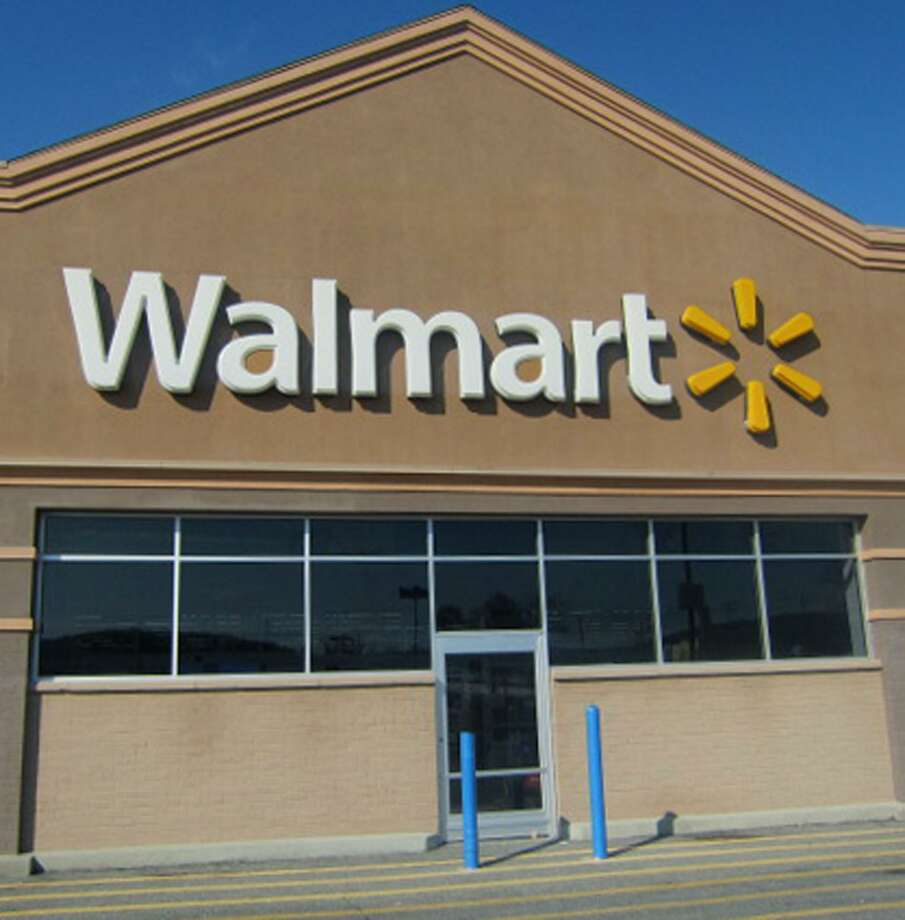 Wal-Mart is rumored to be planning a larger Supercenter store across the street from its existing location on Route 7 in New Milford. Photo: Norm Cummings / Norm Cummings / The News-Times